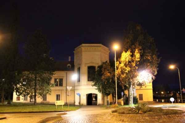 Podvečerní pohledy na choceňský zámek