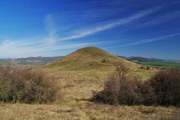malý vrch ( 375 m n.m. )...