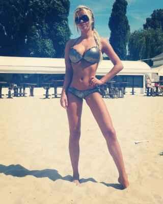 Přispějte mi prosím na tomto odkazu : https://www.paypal.com/donate?hosted_button_id=CLUH59A6K9FHS #Jana #Janička #Stryková #alkohol #mejdan #sexy #žena #dívka #paní #slečna #ženská #holka #hezká #krásná #nádherná #smích #luxus #zábava #podprsenka #poprsí #prsa #prsy #ňadra #kozy #cecky #vemena #vemínka #lidé #rodina_přátelé #dokumenty #doma #zábava #cestování #klasická_fotografie #umělecké #události#blondýna #bloncka #blondýnečka #lidé #rodina_přátelé #doma #dokumenty #klasická_fotografie #zábava #umělecké #cestování #události #pláž #písek