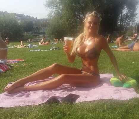 Přispějte mi prosím na tomto odkazu : https://www.paypal.com/donate?hosted_button_id=CLUH59A6K9FHS #Jana #Janička #Stryková #alkohol #mejdan #sexy #žena #dívka #paní #slečna #ženská #holka #hezká #krásná #nádherná #smích #luxus #zábava #podprsenka #poprsí #prsa #prsy #ňadra #kozy #cecky #vemena #vemínka #lidé #rodina_přátelé #dokumenty #doma #zábava #cestování #klasická_fotografie #umělecké #události#blondýna #bloncka #blondýnečka #lidé #rodina_přátelé #doma #dokumenty #klasická_fotografie #zábava #umělecké #cestování #události #léto