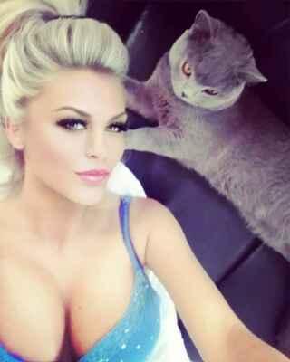 Přispějte mi prosím na tomto odkazu : https://www.paypal.com/donate?hosted_button_id=CLUH59A6K9FHS #Jana #Janička #Stryková #alkohol #mejdan #sexy #žena #dívka #paní #slečna #ženská #holka #hezká #krásná #nádherná #smích #luxus #zábava #podprsenka #poprsí #prsa #prsy #ňadra #kozy #cecky #vemena #vemínka #lidé #rodina_přátelé #dokumenty #doma #zábava #cestování #klasická_fotografie #umělecké #události#blondýna #bloncka #blondýnečka #lidé #rodina_přátelé #doma #dokumenty #klasická_fotografie #zábava #umělecké #cestování #události #kočka