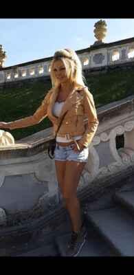 Přispějte mi prosím na tomto odkazu : https://www.paypal.com/donate?hosted_button_id=CLUH59A6K9FHS #Jana #Janička #Stryková #alkohol #mejdan #sexy #žena #dívka #paní #slečna #ženská #holka #hezká #krásná #nádherná #smích #luxus #zábava #podprsenka #poprsí #prsa #prsy #ňadra #kozy #cecky #vemena #vemínka #lidé #rodina_přátelé #dokumenty #doma #zábava #cestování #klasická_fotografie #umělecké #události#blondýna #bloncka #blondýnečka #lidé #rodina_přátelé #doma #dokumenty #klasická_fotografie #zábava #umělecké #cestování #události