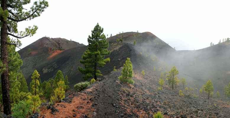 ...je to hřeben, jak název napovídá, starých vulkánů...