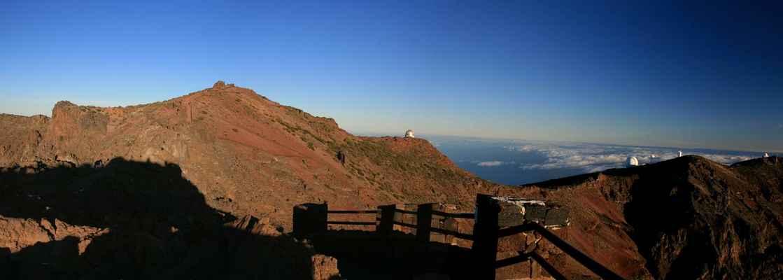 ...Roque de Los Muchachos (2426 m.n.m.), nejvyšší vrchol ostrova...